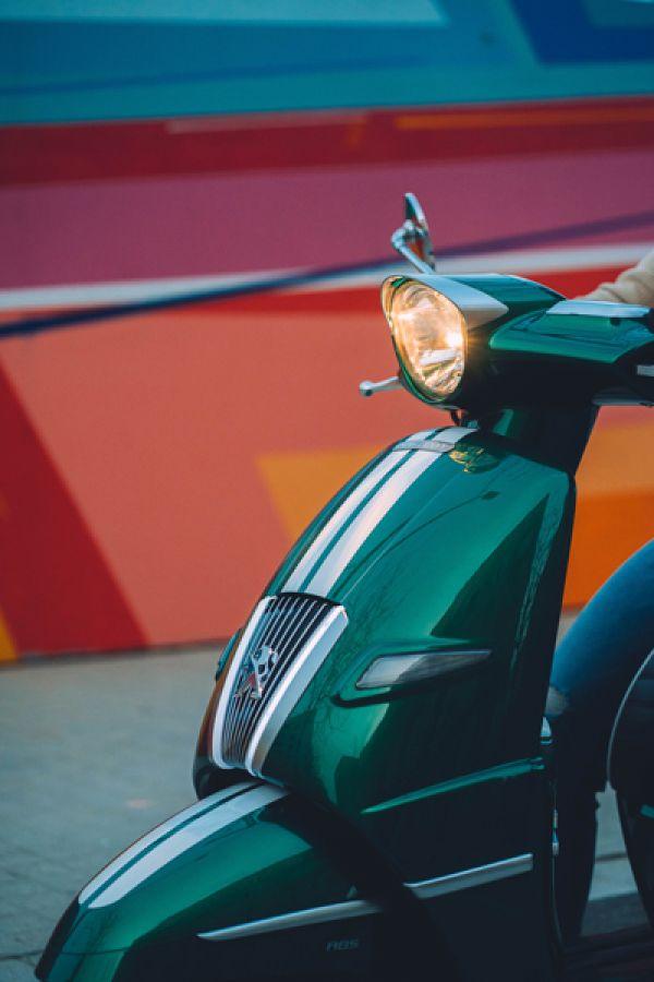 django-12-racing-green-barcelonaCDD91D99-E759-5A34-6856-55300C4D7D99.jpg